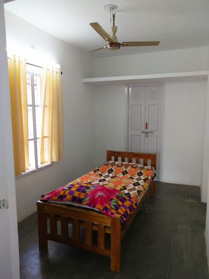 Homely Friendly Pleasant place to stay in Chennai.