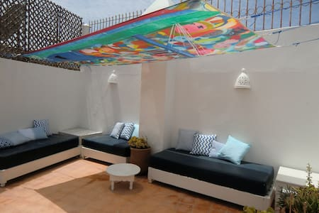 Beautiful central riad with terrace - Esauira