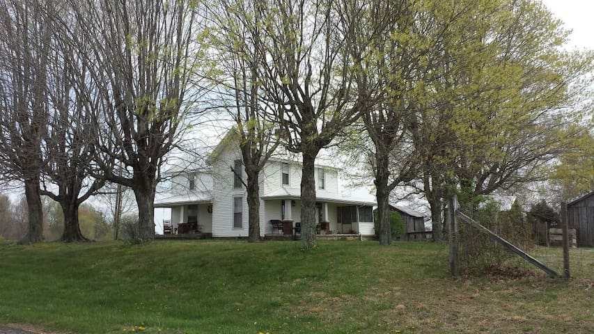 Old Kentucky Farm House - Scottsville - Hus