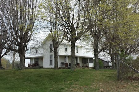Old Kentucky Farm House - Scottsville