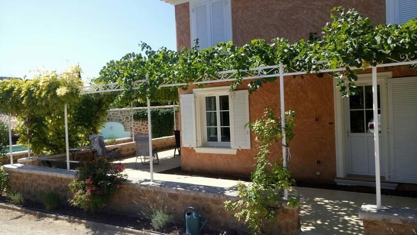 Magnifique Bastide 3chambres jardin piscine privée
