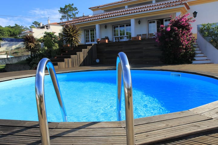 Luxury Villa with private pool - Nadadouro - Rumah