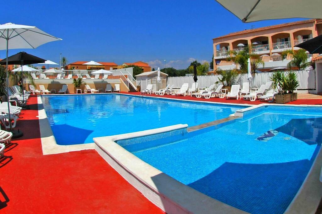 ARGENTIERE-CLUB : La piscine chauffée