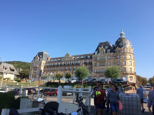 Grand hôtel chambre de bonne