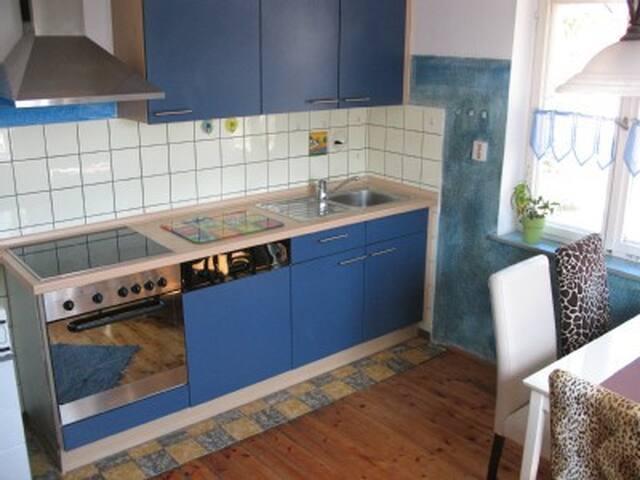 charming Ammersee-Region apartment - Hofstetten - Appartement
