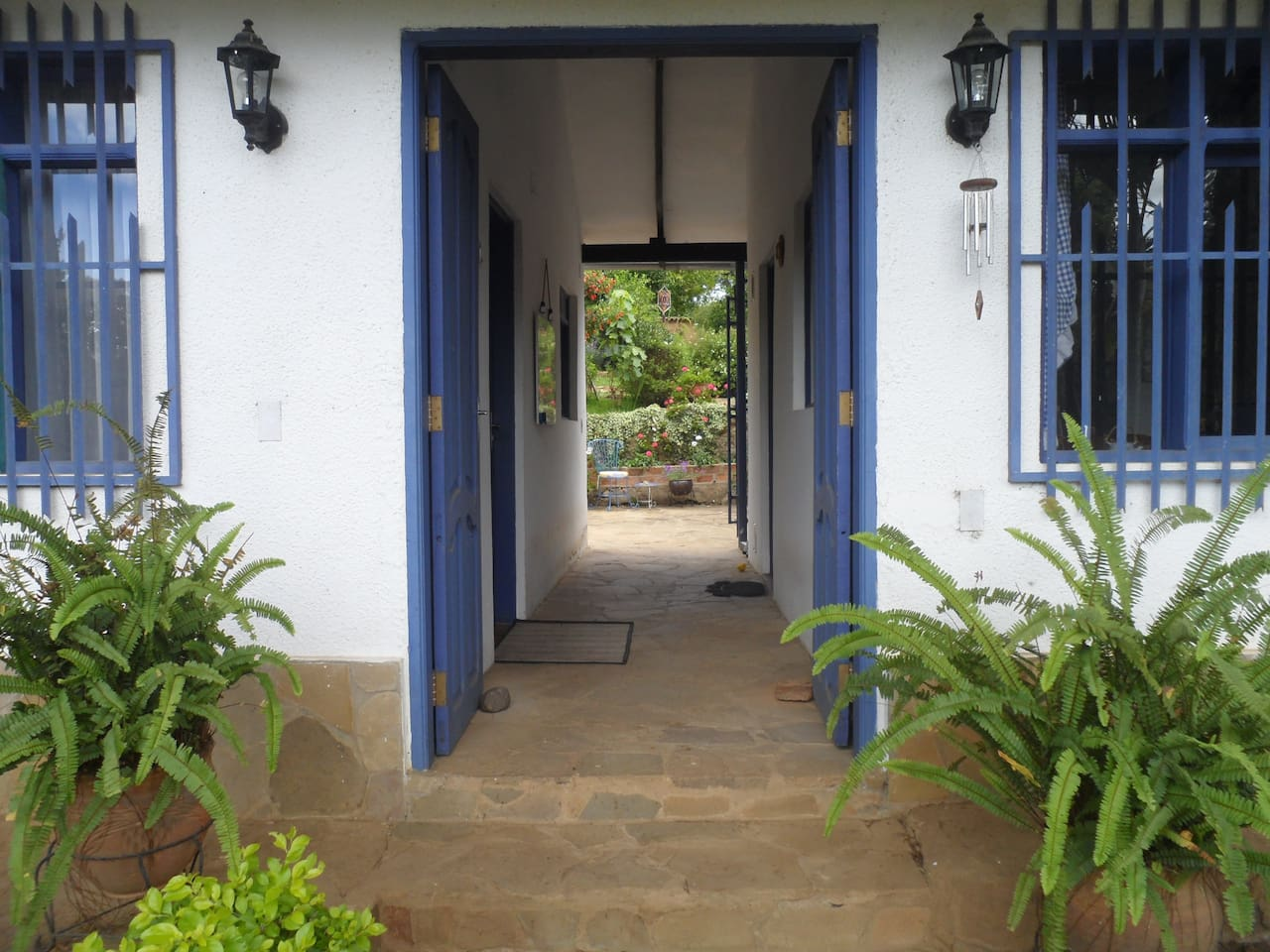 Entrance to Casa Lynda