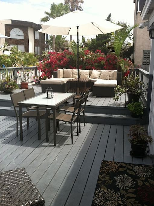 Such a great deck to enjoy the ocean breeze and view of the water.