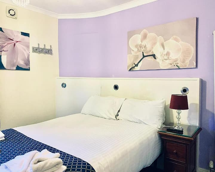 Double Room, Luton Hotel Residence