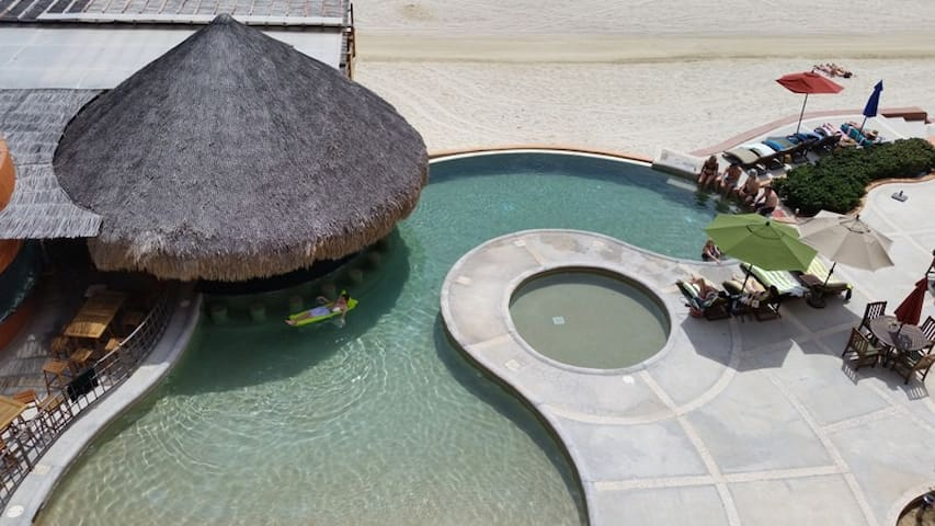 Beachfront Top floor Condo - Los Barriles - Flat
