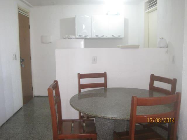 Flat em Fortaleza com 01 Quarto