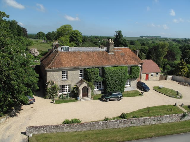 The Rose Room at Manor Farm B&B, AA 4* Gold - Collingbourne Kingston - Inap sarapan