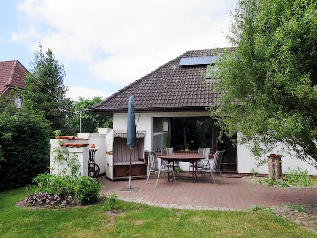 90 m² holiday home in Langenhorn - Langenhorn - Ev