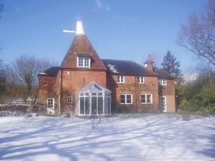Oast Acre House - tranquility and seclusion