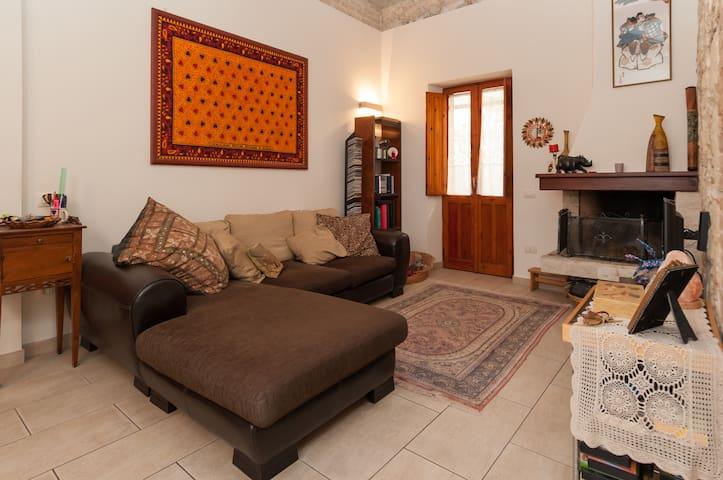 Kingsize bedroom in the centre