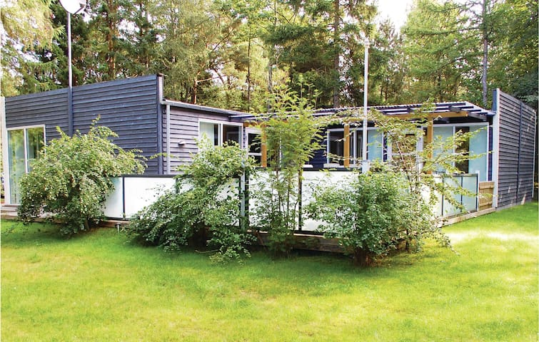 Holiday cottage with 4 bedrooms on 108m² in Ebeltoft