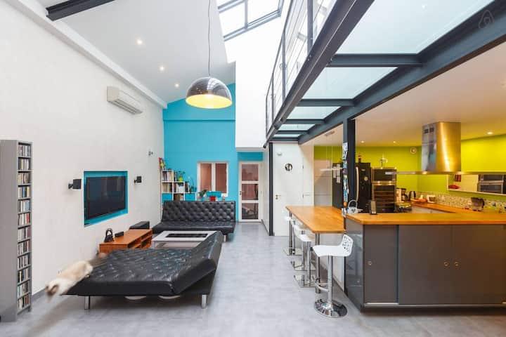 Chambre avec Douche privée dans Grand Loft moderne