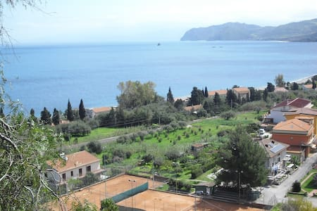 Casa con terrazzo a 150m dal mare - San Giorgio