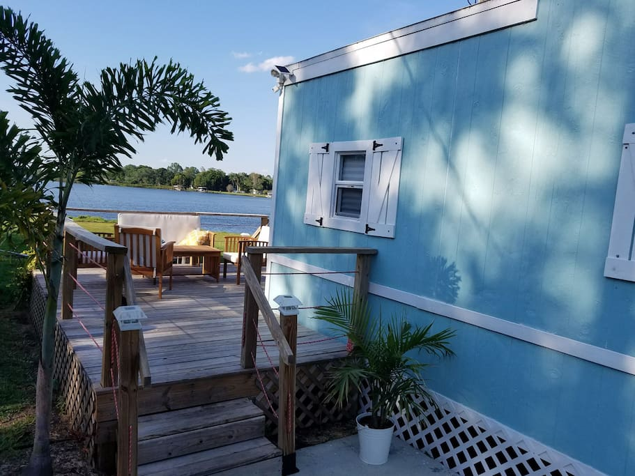 The Lake House Tiny Houses For Rent In Orlando Florida