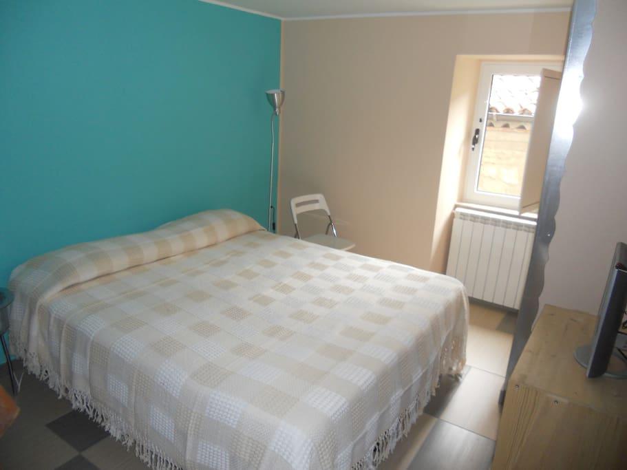 Camera azzurra matrimoniale o doppia con bagno