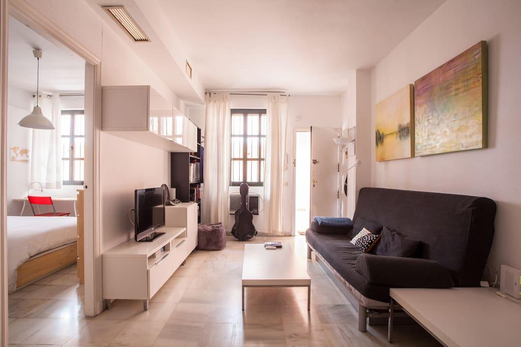 Apartamento junto al r o apartamentos en alquiler en for Alquiler apartamento vacacional sevilla