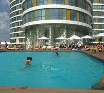 Luxury Studio with swimming pool - İstanbul - Apartment