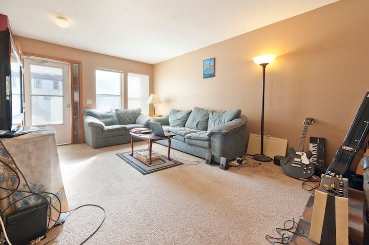 En Suite room U of M/Downtown/prime location