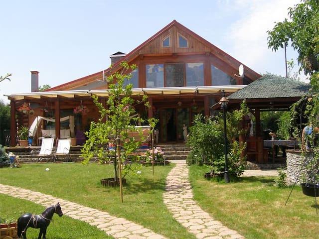 Villa Vlad Tepes- Snagov - Siliștea Snagovului - Casa