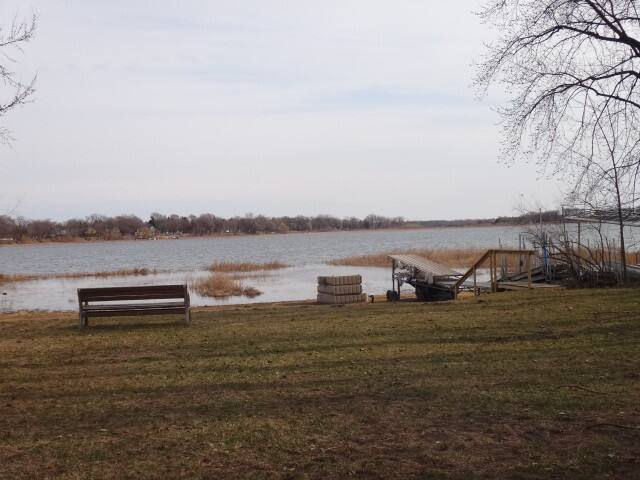 Lake Access Home, 5 Min Walk to Grocery and Food - White Bear Lake - Haus