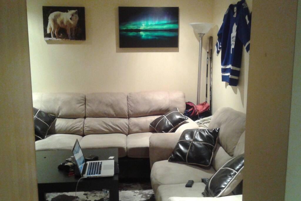 Living area - angle 2