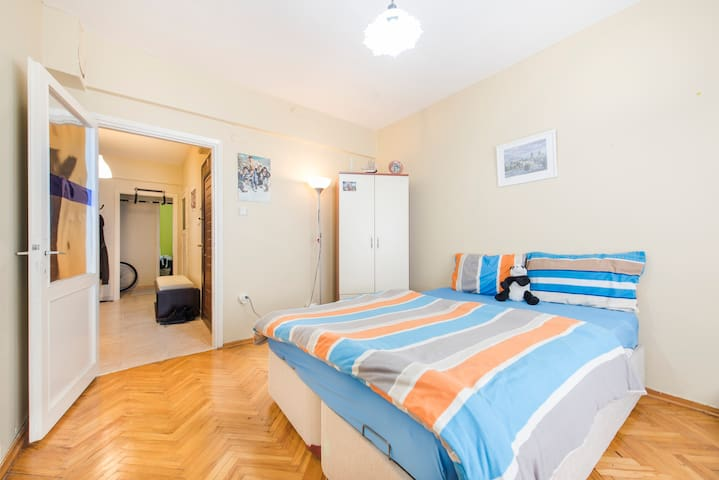 Clean and cheap room - Estambul - Apartamento
