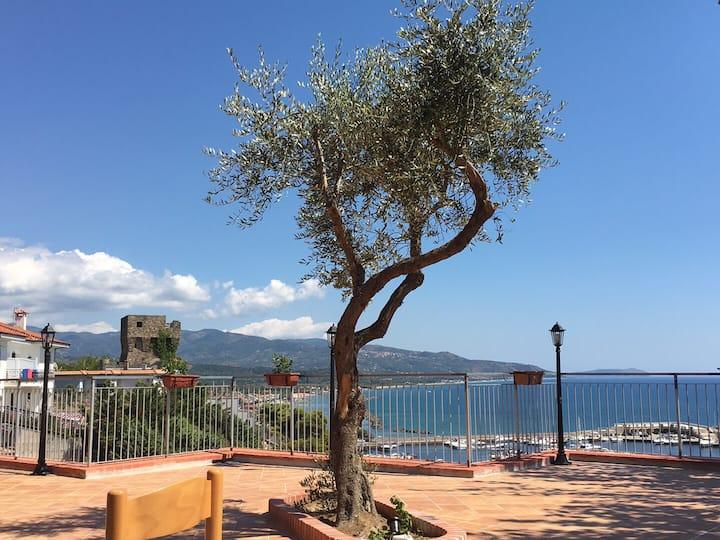 Casa vacanza con terrazzo vista sul mare
