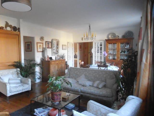 Maison a louée pour periode de 2 a 6 mois