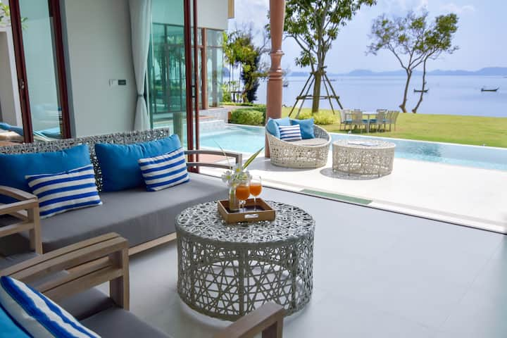 Lovely Villa ( New seafront villa in Krabi ! )
