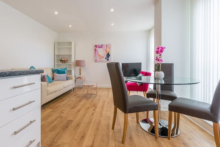 Stylish town apartment