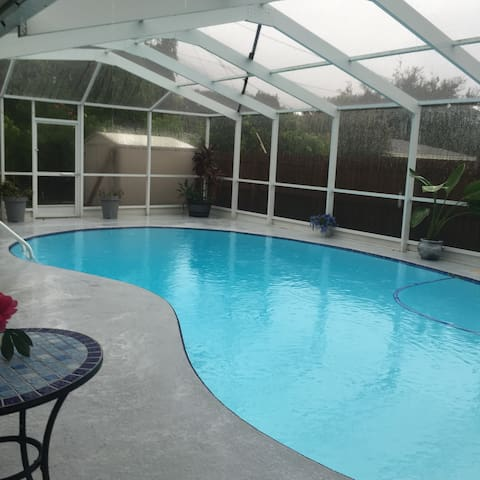 4 Bedroom 2700 sq ft  pool home close to beaches - Clearwater - Dom