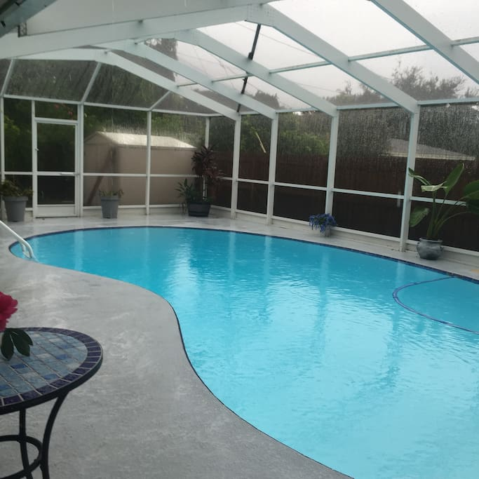 California Big Houses With Pools: 4 Bedroom 2700 Sq Ft Pool Home Close To Beaches