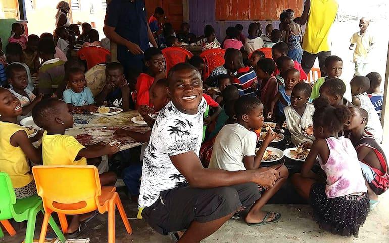 Jaynii Streetwise- having fun helping the needy