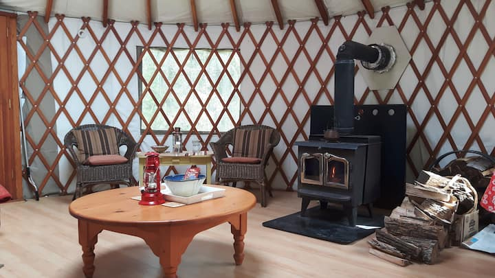 Yurt Nature Getaway - Soaring Heart Studio Retreat