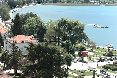 Villa Mesokastro Single Lake view - Ohrid