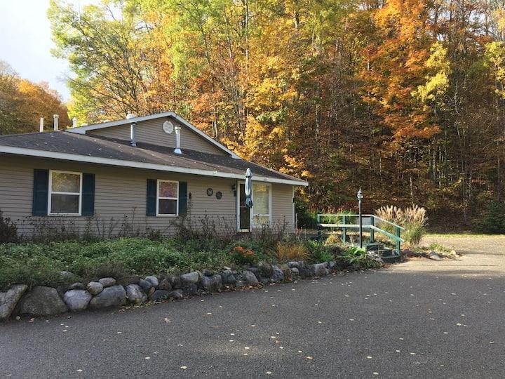 Glacier Hills Guest House