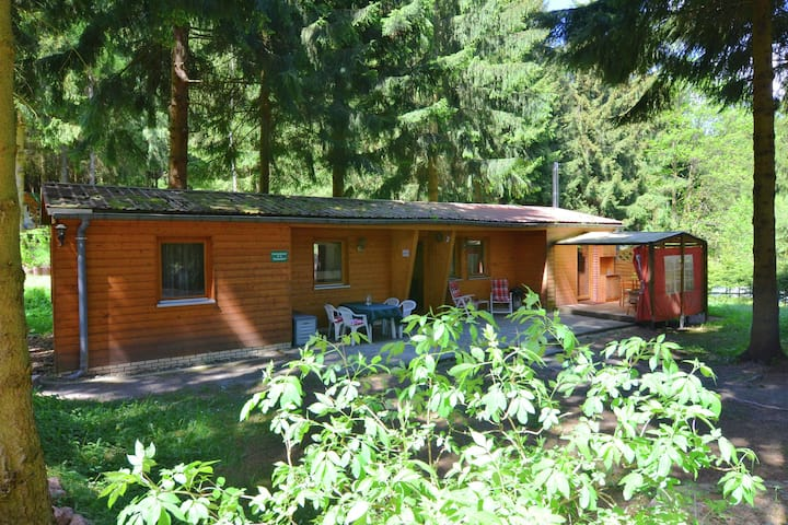 Detached holiday home in a unique location in the beautiful Thuringian Forest