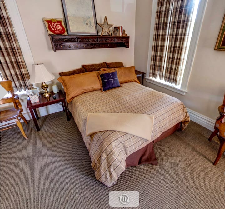 Lambermont Castle, South Bedroom