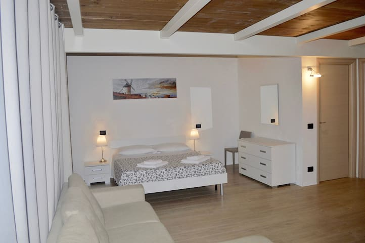 ANTICO ALLOGGIO 2.0 - Ferrara - Obsługiwany apartament