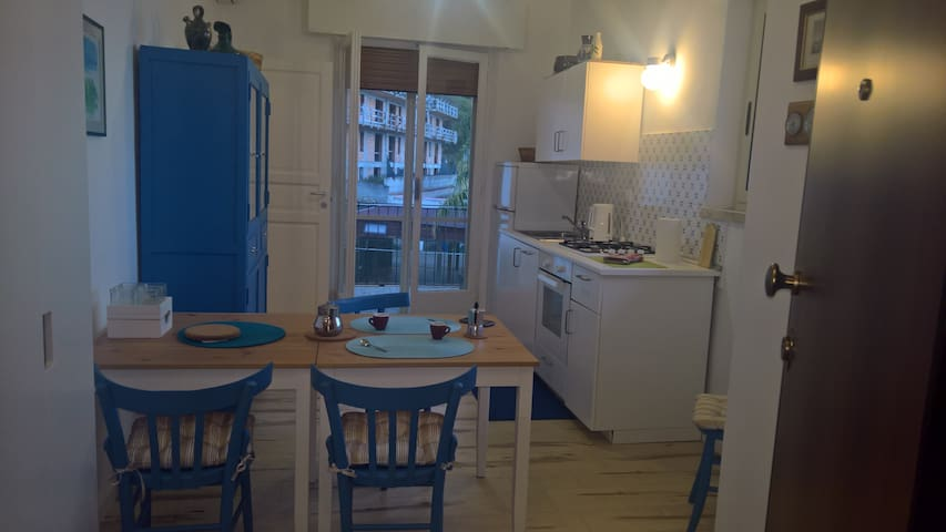 Scilla - Lovely Apartment Near The Beach - Scilla - Apartment