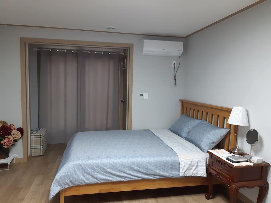 풍수인테리어를찾아서~ 침대의 뱡향과위치는~ 좋은기순환과 기분좋은 수면으로~