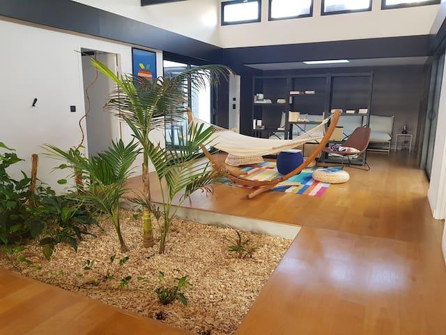 Coliving room 3, loft 350m², jardin et piscine