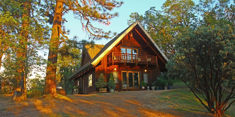 Manzanita Guest House near Yosemite 2+BD - Midpines - House