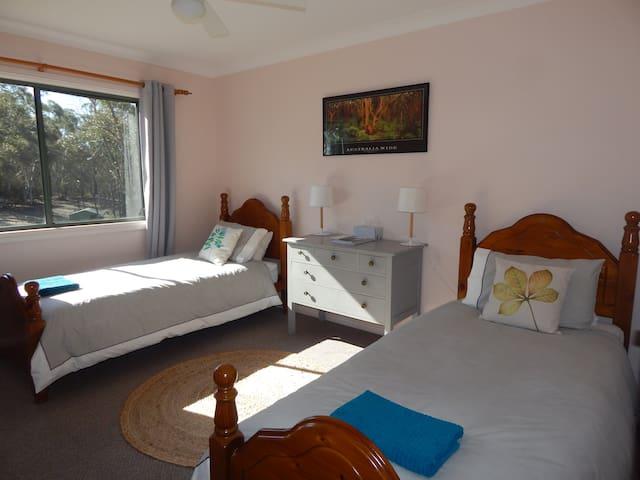 Corang River B & B- Muruduwin room