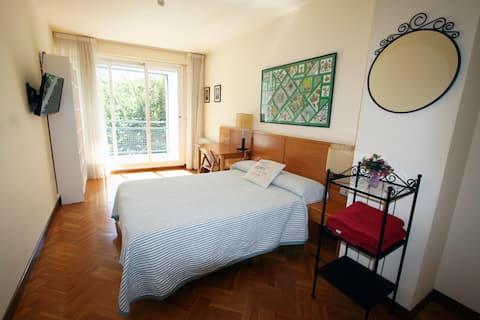 Mirasierra Suites Pamplona -Perfecto para Familias
