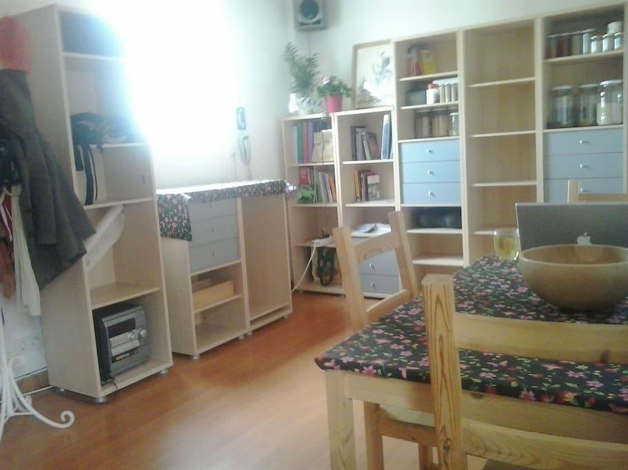 Atico centro luminoso y tranquilo appartementen te huur for Atico centro zaragoza